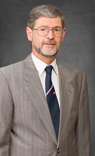 Dr. Axel Ritter